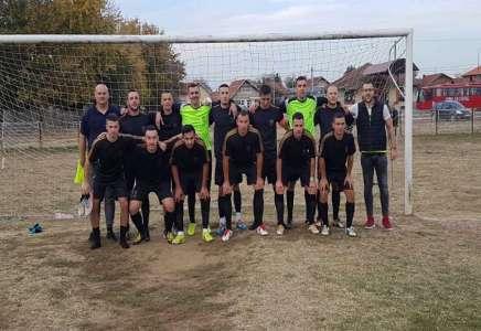 Čas fudbala Akademije 10! Badnjevac deklasiran sa 6 golova u mreži