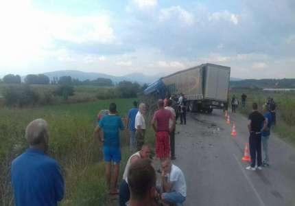 Stravična nezgoda kod sela Jasenice, poginuli otac i ćerka
