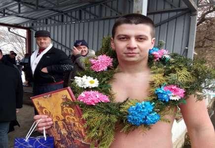 Blačanin Miloš Simić prvi stigao do Časnog krsta u Prokuplju