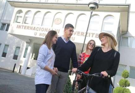 U toku upis studenata na Internacionalni Univerzitet u Novom Pazaru